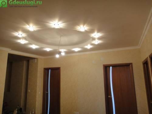Двух-уровневый потолок на кухне