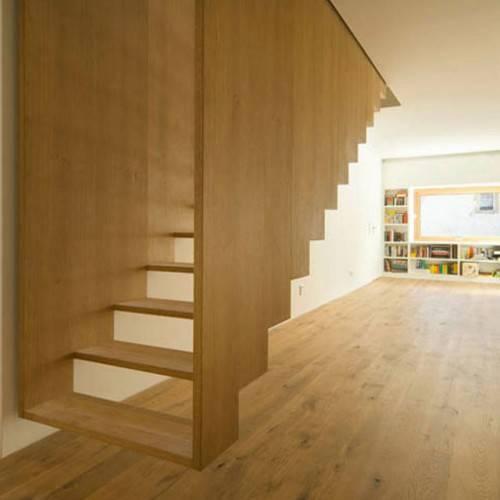 Парящая в воздухе лестница от SoHo Architecture