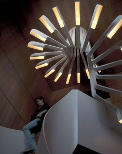 Спиральная лестница с подсветкой от PSLAB