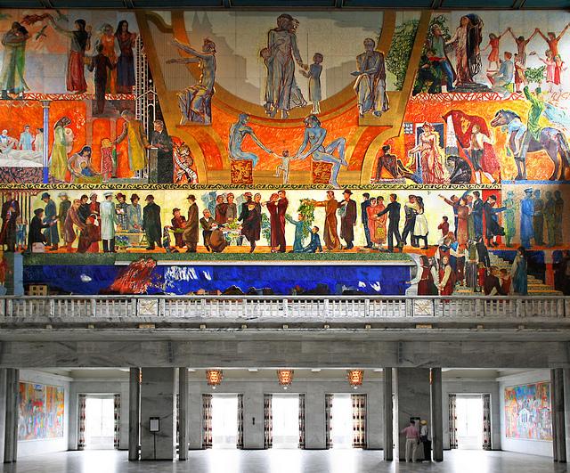 Фреска на потолке в ратуше Осло — фото 5