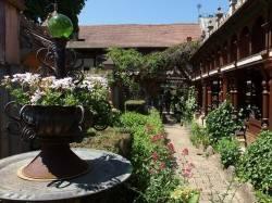 Сад отеля Jardins Secrets — фото 10
