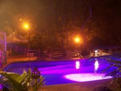 Подсветка бассейна