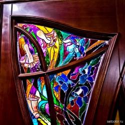 Декорирование витражом двери со стеклом — фото 7