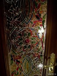 Декор витражом межкомнатной двери