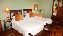 Спальная отеля La Plume — фото 2