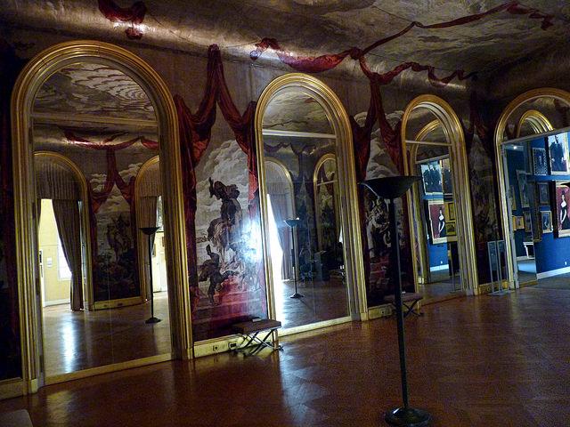 Убранство музея Карнавале — фото 14