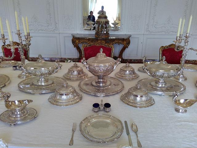 Поместье Уоддесдон - коллекция посуды
