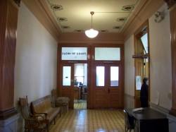 Здание суда в округе Дир-Лодж — фото 5