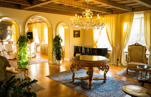 Интерьер отеля Алхимист в Праге — фото 1