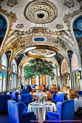 Роспись потолка в отеле Эрмитаж в Эвьян-ле-Бен — фото 2