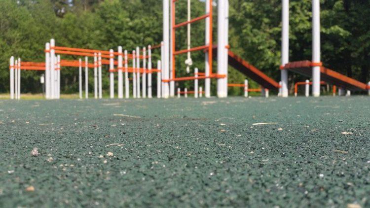 Резиновые покрытия для спортивных и игровых площадок