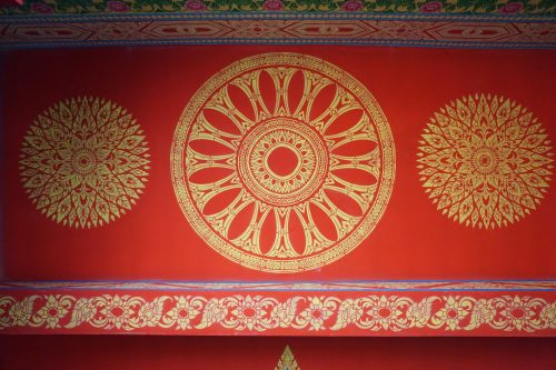 Роспись потолка в буддийском храме в Тайланде — фото 1