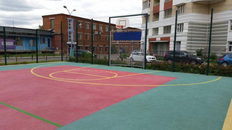 Спортивная площадка с резиновым покрытием