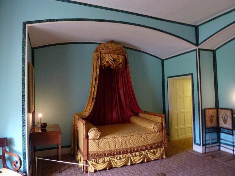 Дворец Кью - интерьер