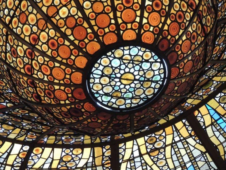 Витражный потолок - Дворец каталонской музыки