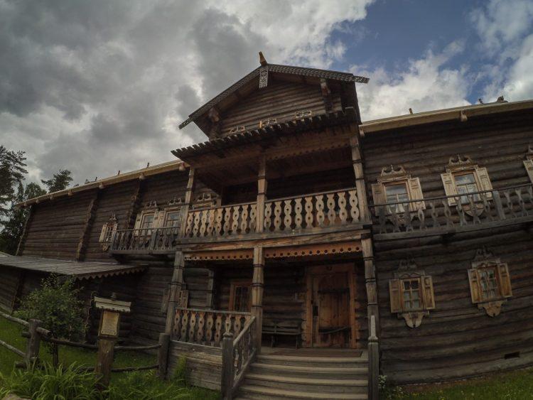 Дом Костина из деревни Верховье