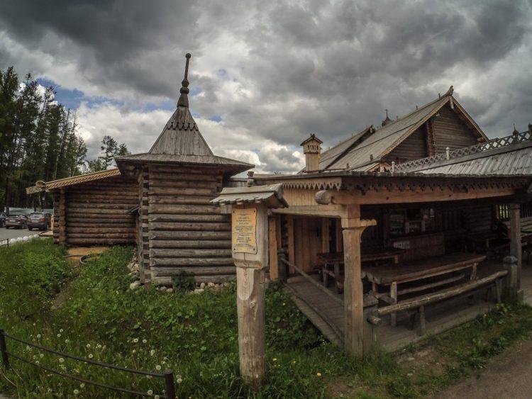 Ограда Покровского погоста