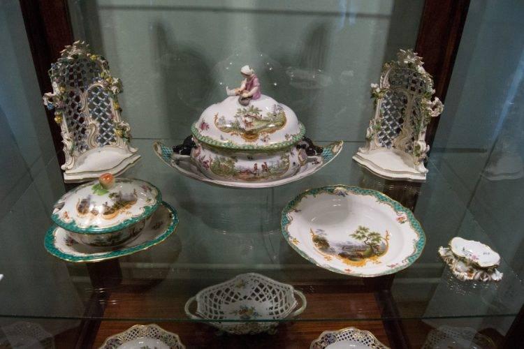 мемориальные предметы из коллекции императора Александра III