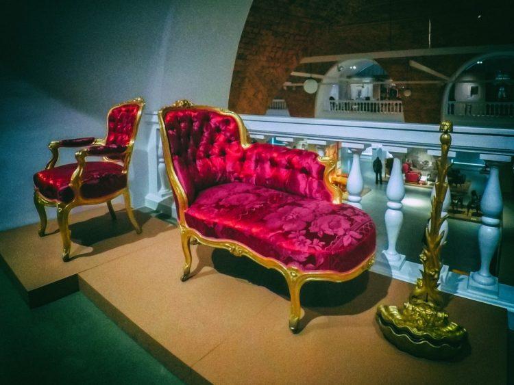 YDXJ8787-Мебель XIX века -  эпоха историзма