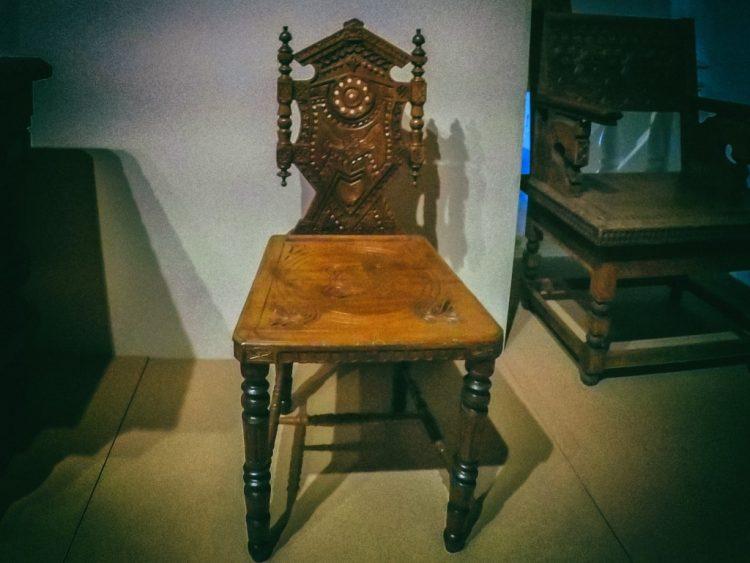 YDXJ8828-Мебель XIX века -  эпоха историзма