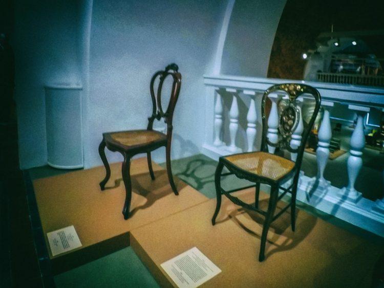 YDXJ8834-Мебель XIX века -  эпоха историзма
