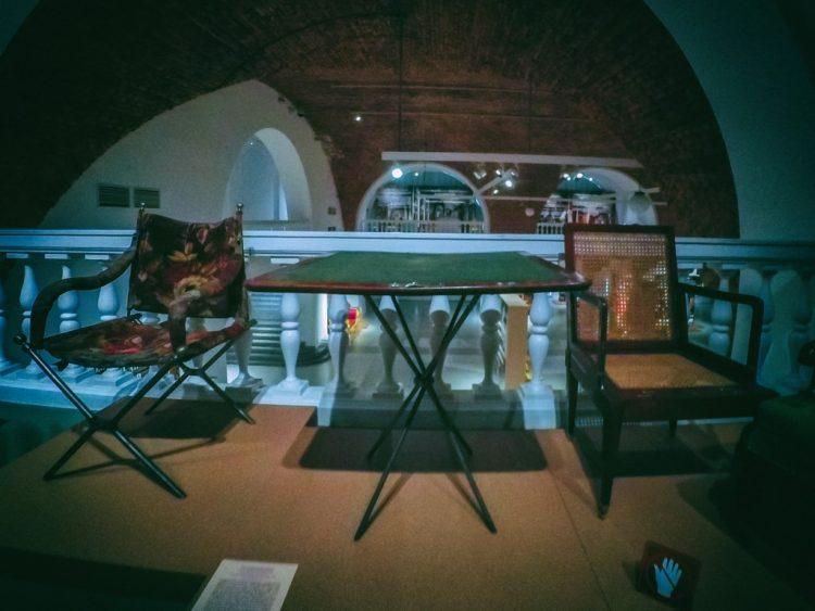 YDXJ8843-Мебель XIX века -  эпоха историзма