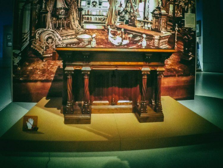 YDXJ8898-Мебель XIX века -  эпоха историзма