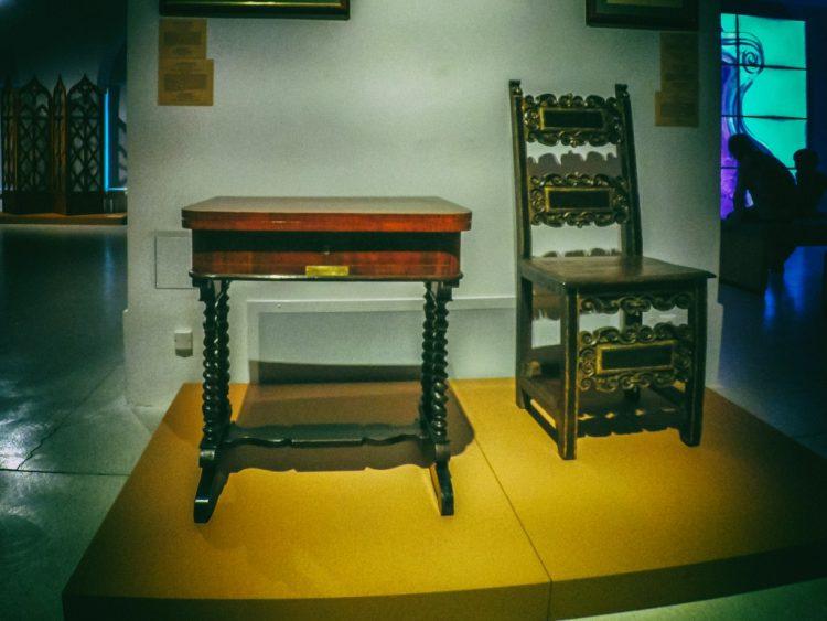 YDXJ8906-Мебель XIX века -  эпоха историзма