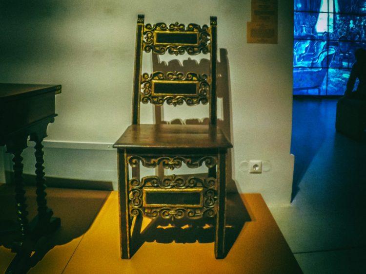 YDXJ8909-Мебель XIX века -  эпоха историзма