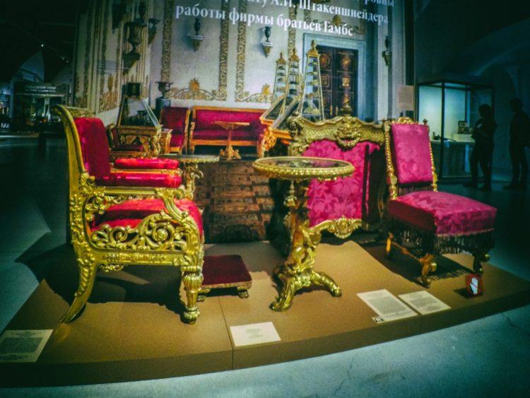 YDXJ8913-Мебель XIX века -  эпоха историзма