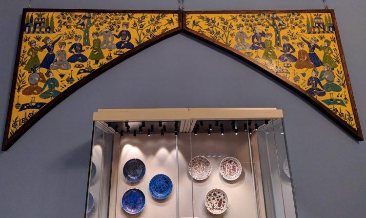 Иранские изразцовые панно (тимпан) XVII века