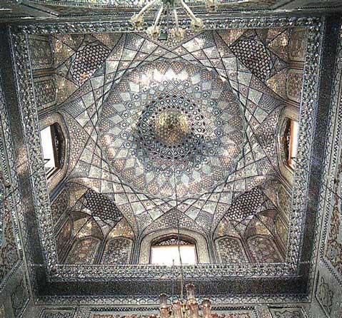 Потолок мавзолея эмира Али в Ширазе, Иран